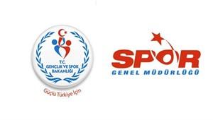 İzmir'de amatör futbol kulüplerine destek