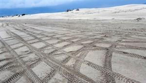 Patara Plajı'nda cehaletin izleri