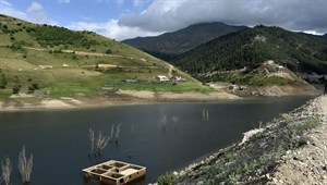 Baraj suları çekilince köy ortaya çıktı