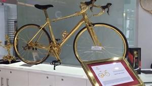 Dünyanın en pahalı bisikleti altın kaplama 'Goldgenie'