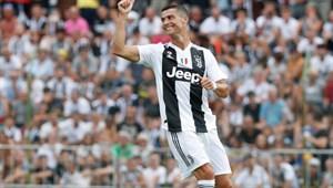 Ronaldo, Juventus forması sahaya çıkıyor!