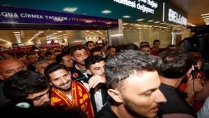 """Emre Akbaba: """"Galatasaray benim çocukluk hayalim, hep bu formayı giymek istedim"""""""