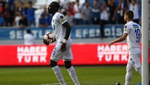 Diagne Avrupa'nın zirvesinde, Süper Lig dipte!