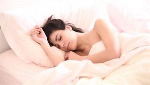 Uzmanlar uyardı! İşte en zararlı uyku pozisyonu...