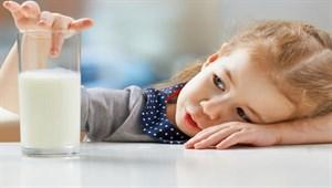 Çocuklara sütü sevdirmenin 9 pratik yolu